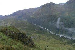 ताप्लेजुङ्ग जिल्लाको सुरुम्खिम र काली खोलाको सीमानाको सुन्दर प्रर्यटकीय स्थल